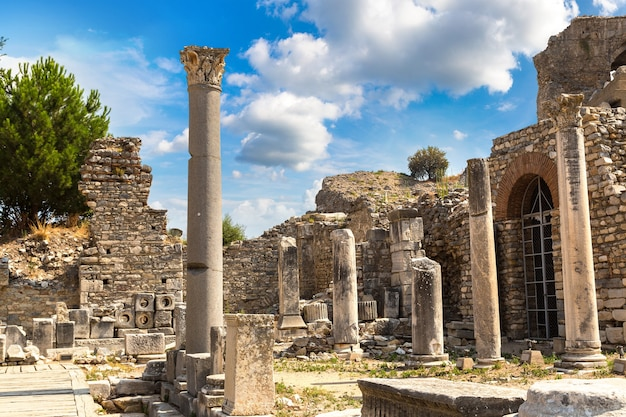 トルコの古代都市エフェソスの遺跡