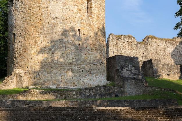 古い城の遺跡