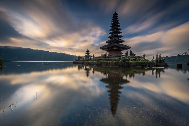 Rush temple