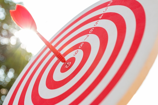 Rushing to the goal with absolute precision, so both of that represent a challenge in business marketing .