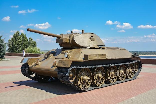 Россия, волгоград, 12 мая 2018 г. выставка военной техники времен второй мировой войны.