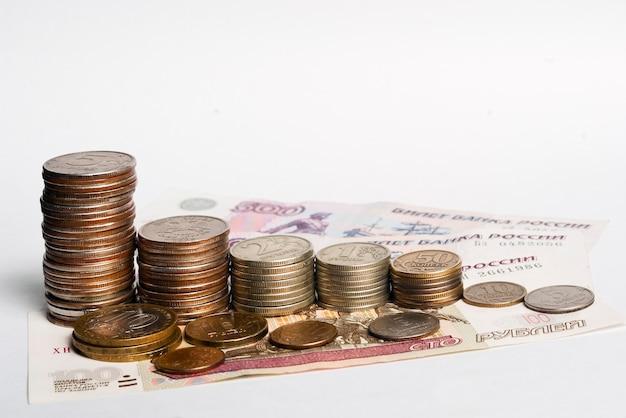 Русские деньги. монеты, банкноты