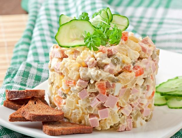 Русский салат - оливье