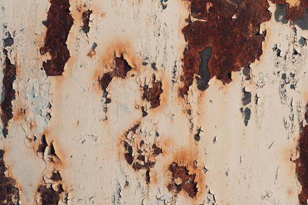さびと酸化金属の背景。古い金属製の鉄のパネル。