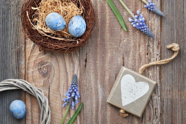Rustic easter background with eggs