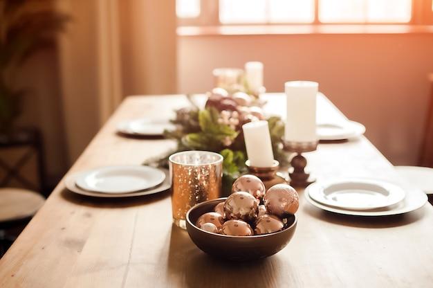 クリスマスのための素朴なキッチンの詳細。