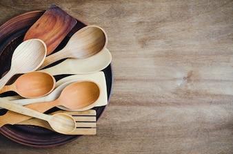 素朴な台所用品。家庭用品