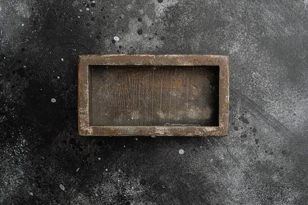 텍스트나 음식을 위한 복사 공간이 있는 소박한 나무 상자 또는 컨테이너 세트