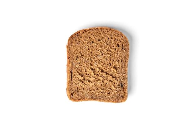 白い背景で隔離のライ麦パン