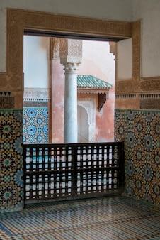 墓地、saadian墓、マラケシュ、モロッコのインテリア