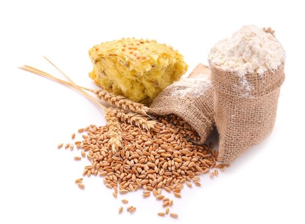 白地に小麦粒、小麦粉、パンが入った袋袋