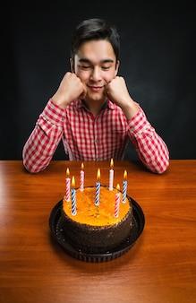 悲しい誕生日の男の子