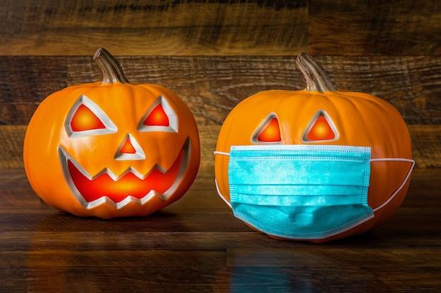 Halloween sicuro durante il pandem del covid-19