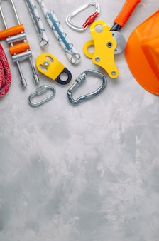Safety equipment using in climbing on concrete