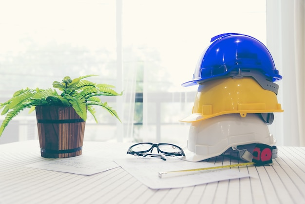 Safety helmet white,blue and yellow for foreman/engineer/architect/visitor use in construction site
