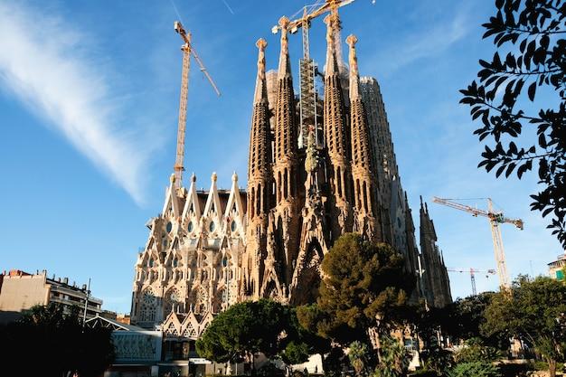 바르셀로나의 사그라 다 파밀리아 성당