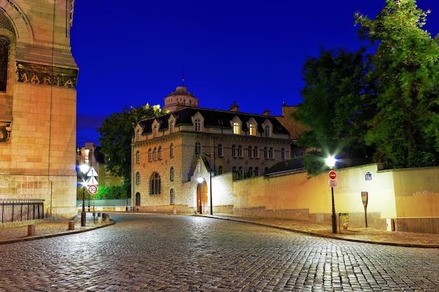 モンマルトル、パリ、フランスのサンピエールドゥモンマルトル。