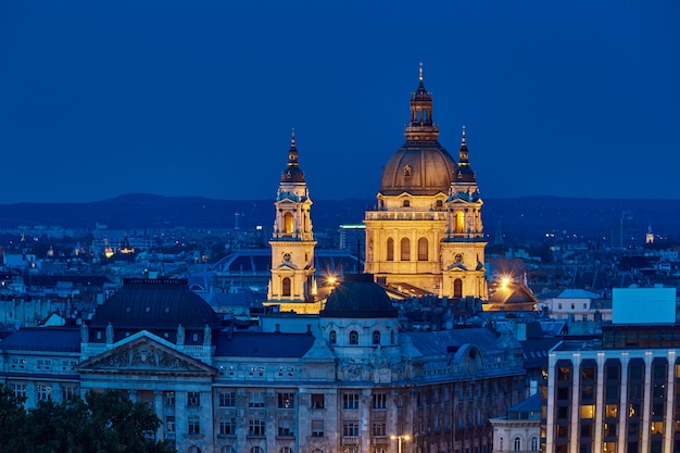 Saint stephens basilica at night blue hour in budapest