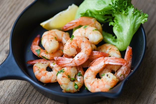 Salad shrimp grilled delicious seasoning spices on bowl