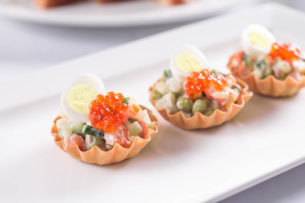 Salad in tartlet