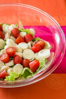 Salad with tomatoes and lettuce