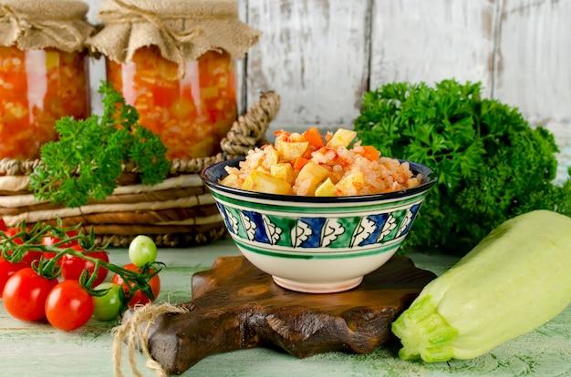 호박, 쌀, 파프리카 샐러드