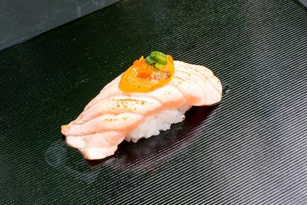 Salmon burn sushi