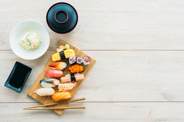 Salmon tuna shell shrimp and other meat sushi maki