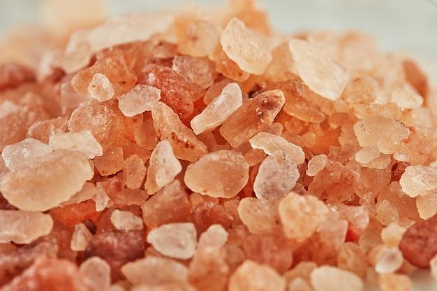 塩の花赤いフランスの塩のクローズアップ