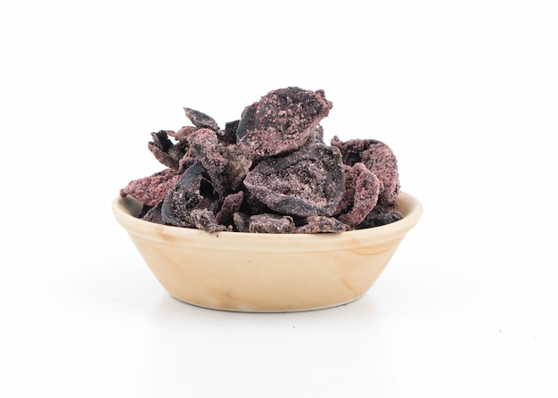 Salted dried garcinia