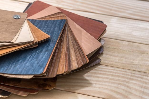 Образцы деревянных планок ламината для декора мебели