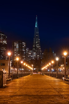 San francisco skylines at night
