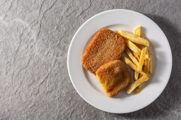 Стейк сан-джакобо с сыром и ветчиной