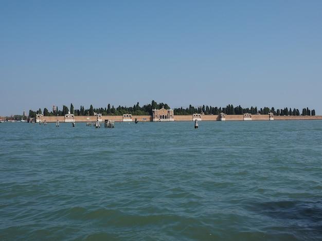 ヴェネツィアのサンミケーレ墓地の島