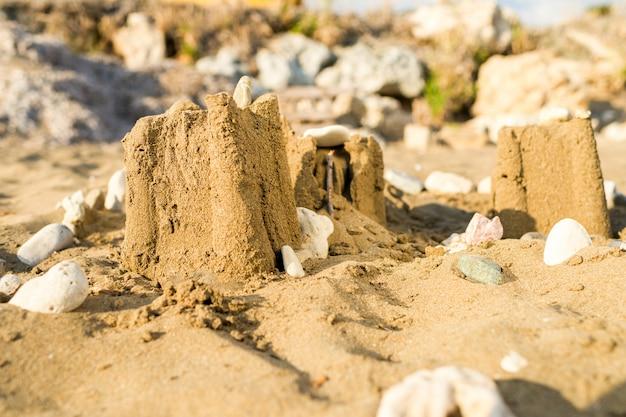 オーシャンビーチの砂の城