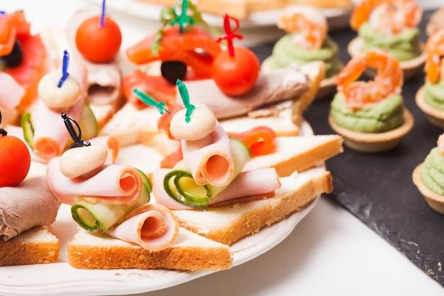 サンドイッチスナックミールタイム