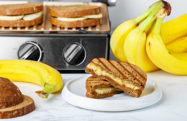 Sandwich with banana