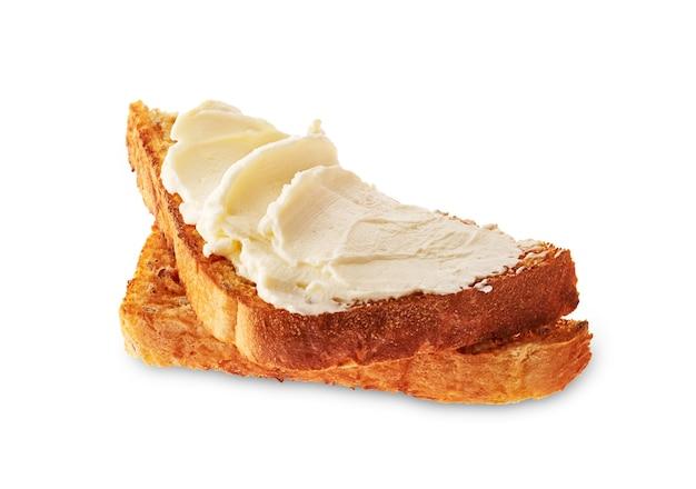 Бутерброд со сливочным сыром. брускетта, изолированные на белом.