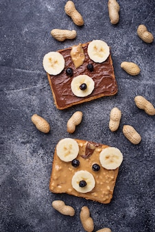 Sandwiches with peanut butter in shape of bear