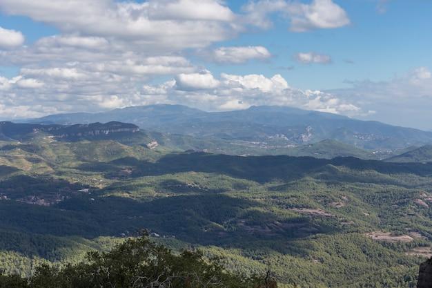 「sant llorens de munt」の自然公園。