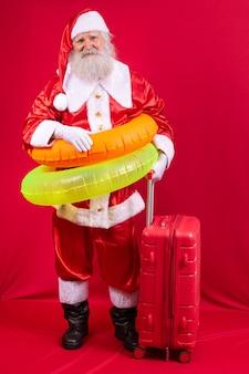 Санта-клаус собирается в отпуск летом