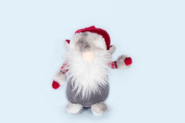 Санта-клаус на рождественские огни синем фоне