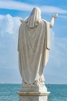 イタリアのサンタマルゲリータリグレにあるサンタマルゲリータ像