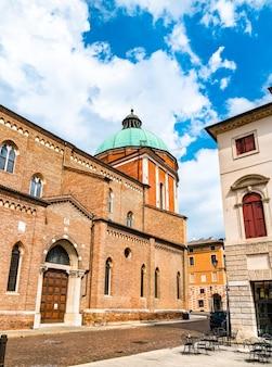 イタリアのヴィチェンツァのサンタマリアアヌンツィアータ大聖堂