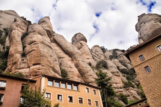 モニストロル・デ・モントセラト・カタロニア・スペインのサンタ・マリア・デ・モントセラト修道院