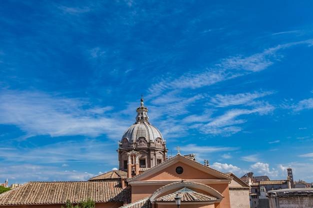 イタリア、ローマのサンタマリアディロレート教会