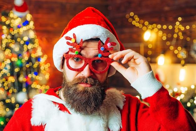 サンタはメリークリスマスを願っています。