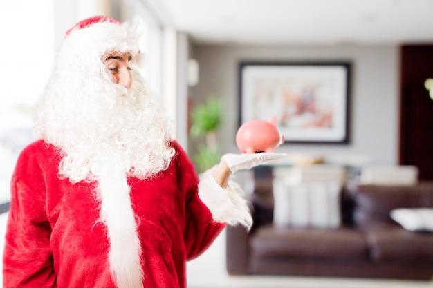 집에서 페기 은행 산타