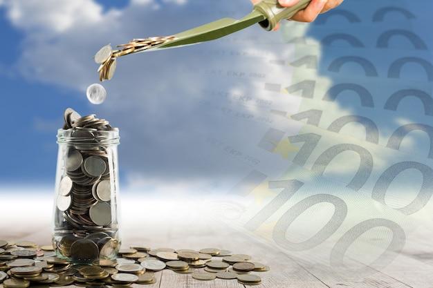 あなたのビジネスを成長させるためのシャベルでお金を節約する