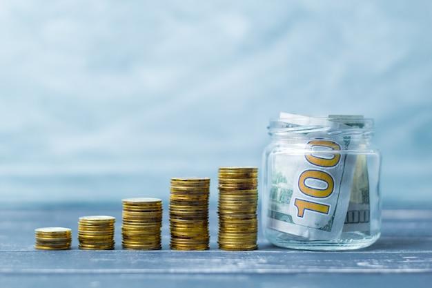 貯蓄。硬貨の成長が増加する。投資からの財政的配当。